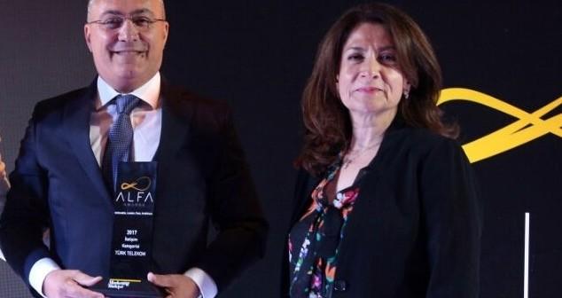 Müşteri Deneyiminde İki Büyük Ödül  Türk Telekom'un